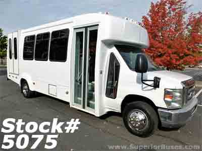 2013 Ford E450 Wheelchair Bus 5 W/C Positions For Sale